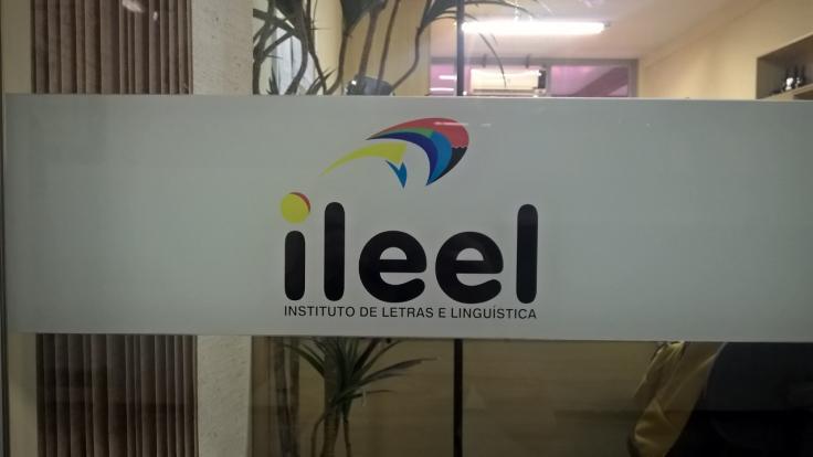 legenda-logo-do-instituto-responsavel-por-coordenar-o-programa-idiomas-sem-fronteiras-lucas